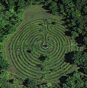 Labyrinth (c) Google Earth